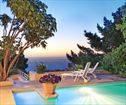 Camps Bay Affordable 6 BR Holiday Villa Sleeps 12 , Camps Bay Accommodation